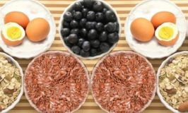 Brain Food: Here's How to Eat to Stay Sharp as You Age