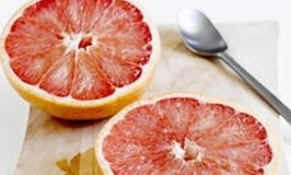 The Modern Grapefruit Diet (Does It Help Peel Off Pounds?)